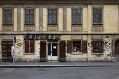 Wien Zollergasse 33 (LichtEinfall) Tags: wien fassade 7er zollergasse raperre img0872zollergasseff