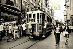 Istanbul (viaggiaresiii) Tags: people gente tram istanbul caos citt binari viaggiare tagviaggia