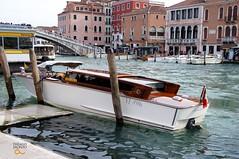 boat (thiagojs) Tags: venice italy veneza boat canal italia venezia canale sunnyday nexc3