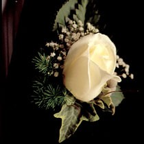 "Buttonhole <a style=""margin-left:10px; font-size:0.8em;"" href=""http://www.flickr.com/photos/111130169@N03/11309027084/"" target=""_blank"">@flickr</a>"