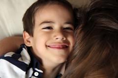 (Candy Haesbaert) Tags: boy people gabriel happy kid child criana menino especial specialchild crianaespecial gabrielpuga