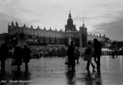 """""""Krakow, one morning..."""" (Davide Zappettini) Tags: bw krakow bianconero cracovia canoneos3 blackandwhyte dragongoldaward canonimagination davidezappettini zappettinidavide fotografisalsomaggiore"""
