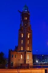Bremerhaven Nightshot 1- Loschenturm (akumaohz) Tags: nightshot nacht turm bremerhaven leuchtturm nachtaufnahme loschen loschenturm
