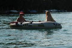 Schlauchboot Sevylor Super Caravelle XR86GTX ( Supercaravelle - Gummiboot ) auf dem Rhein bei Schaffhausen im Kanton Schaffhausen in der Schweiz (chrchr_75) Tags: rio ro river boot schweiz switzerland boat europa suisse swiss fiume super rivire juli reno christoph svizzera fluss rhine rhein strom rin rijn jolla canot dinghy bote schlauchboot caravelle 2014 rivier  suissa joki rzeka jolle gummiboot flod sloep rhin chrigu 1407 sevylor hochrhein  rhenus chrchr hurni chrchr75 supercaravelle chriguhurni chriguhurnibluemailch albumrhein gummiboote juli2014 xr86gtx hurni140706 albumrheinsteinamrheinrheinfall albumhochrhein