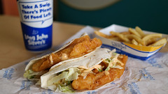 Fish Tacos from Long John Silvers in Des Moines, Iowa (Tyrgyzistan) Tags: ljs fastfood fastcasual muyautentico fishnchips fish tacos taco desmoines centraliowa food