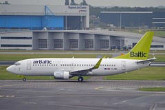 Air Baltic YL-BBL Boeing 737-33V Winglets fitted June 2006 cn/29334-3089 @ EHAM / AMS 01-07-2016 (Nabil Molinari Photography) Tags: air baltic ylbbl boeing 73733v winglets fitted june 2006 cn293343089 eham ams 01072016