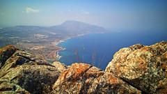 Sicilia (cortomaltese) Tags: erice montecofano trapani sicilia sicily mare promontorio foschia haziness rocce rocks baia bay