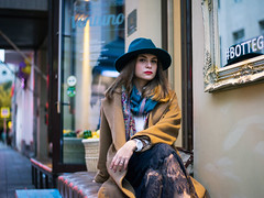 (ma-cher) Tags: girl fashion moscow street autumn beauty hat skirt sun evening redlips coat lace cafe smiling