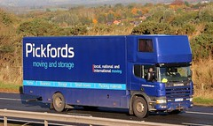SCANIA 300 94D - PICKFORDS Removals (scotrailm 63A) Tags: lorries trucks removals