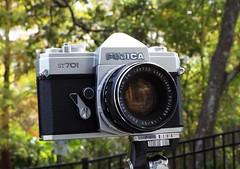 Fuji Photo Film Co. Fujica ST701... 1971 (www.yashicasailorboy.com) Tags: fujica st701 camera 35mm closeup 1970s yashica my15 tripod fujifilm finepix 55mm fujinon f18 japan photo company collection bokeh