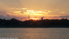2016.08.16; Keyport Moonrise & Sunset-12 (FOTOGRAFIA.Nelo.Esteves) Tags: keyport newjersey unitedstates us 2016 neloesteves samsung note5 usa nj monmouthcounty bayshore waterfront moonrise sunset moon sky august summer