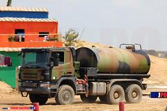 E9505 (milinme.myjpo) Tags: frencharmy scania p 340 sprinkler truck camion citerne arroseuse eurosatory
