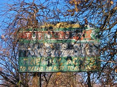 TURN LEFT MOTEL FRIENDLY ACRES (richie 59) Tags: ulstercountyny ulstercounty newyorkstate newyork unitedstates weekend autumn trees saturday townofesopusny townofesopus richie59 america outside fall ulsterparkny ulsterpark 2016 nov2016 nov122016 2010s hudsonvalley midhudsonvalley midhudson nystate nys ny usa us sky bluesky oldsign oldneonsign faded fadedpaint sign overgrown vines oldmetalsign metalsign bypassed rustysign rusty rusted broken
