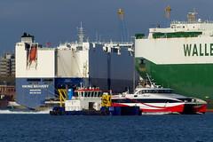 Busy Port of Southampton (Hythe Eye) Tags: vehiclecarrier docks southampton hampshire porgy ferry dredger southamptonwater vikingbravery ukdsealion redjet