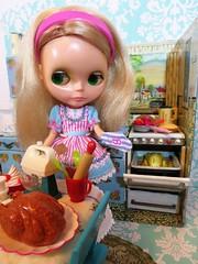 A little more Thanksgiving... (Primrose Princess) Tags: 1972 kenner blythe doll kennerblythe retro vintage mod vintagetoykitchen barbie diorama thanksgiving happythanksgiving vintagetoyfood