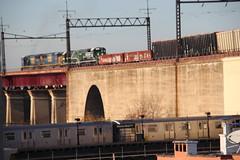 IMG_1613 (GojiMet86) Tags: csx nya atlantic conrail mta bmt nyc new york city railroad subway train 1976 1992 2008 2016 gp382 r160b sd60m 268 300 5511 5520 8761 8765 8868 astoria ditmars blvd nycr connecting viaduct