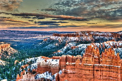 Evening, Bryce Canyon (klauslang99) Tags: klauslang nature naturalworld northamerica national park bryce canyon rocks evening mountains clouds