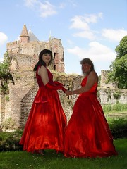 Classic ball gowns (Paula Satijn) Tags: ladies girls red castle dress silk skirt gurls gown satin ballgown tgirls