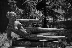 365/238: Maillol's l'Air (Chris Harr) Tags: california sculpture usa zoom sony air unitedstatesofamerica pasadena sculpturegarden slt a77 maillol nortonsimon nortonsimonmuseum apsc sal1680 dt1680mmf3545za sonyalpha77 alphaa77 16mm80mm saldt1680mmf3545za sal1680f3545cz