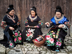 Langde Village : Long Skirt Miao, portraits #31 (foto_morgana) Tags: china people handicraft outdoors asia handmade embroidery character traditional guizhou ethnic hmong ethnicity traditionalculture lightroom minorities traditionalclothing smallgroupofpeople etnia ethniccostume traditionnel persoonlijkheid karakter traditioneel nomodelrelease ethnie caractère miaopeople minderheden longskirtmiao editorialonly etniciteit
