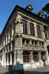Rouen, place de la Cathdrale, bureau des Finances (Ytierny) Tags: france vertical architecture place bureau style rouen normandie flamboyant renaissance gothique finance seinemaritime pierredetaille rollon pilastre hautenormandie candlabre rouennais angelot vieuxrouen valledelaseine ytierny