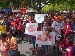 Climate change rally 17-11-2013-7.jpg (Leo in Canberra) Tags: rally protest australia canberra act 2013 garemaplace nationaldayofclimateaction 17november2013 oneclimateourfuture stopfiddlingwhileaustraliaburns wewanttogobacktoafuture weneedgreensolutions aimhigheronclimate itwouldbeimmoraltoleaveyoungpeoplewithaclimatesystemspirallingoutofcontrol canberrawantsclimateaction