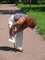 amp-0543 (vsmrn) Tags: woman crutches amputee pegleg