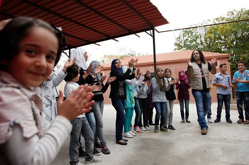 Singing helps ease the memories of conflict for Syrian refugee children.
