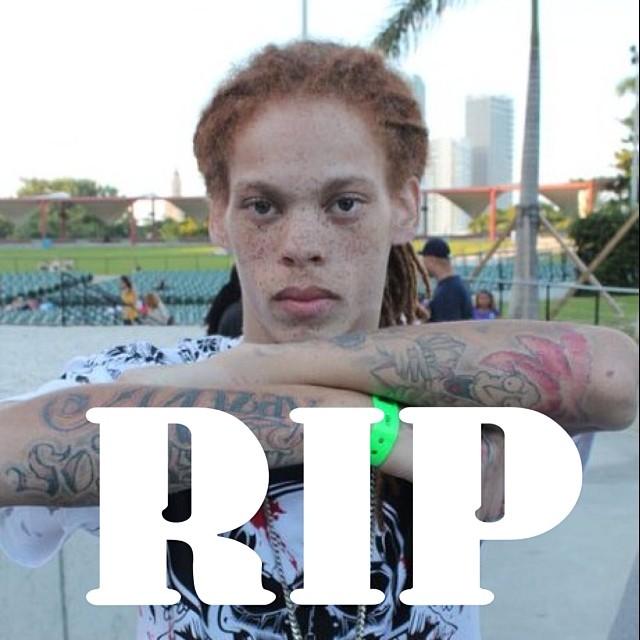 пока не ясно, покончил ли он жизнь самоубийством, или был убит. . . Kayo Redd - младший брат Ваки умер и это вторая смерть в этих рядах за несколько дней. #RIPKOREDD