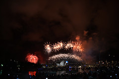DSC_5027 (tresrios) Tags: fireworks nye sydney newyearseve operahouse harbourbridge 2014