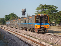 Thailand - Chiang Mai - The commuter (railasia) Tags: thailand watertower chiangmai infra drc srt 2014 metergauge series11001200