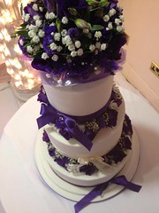 Purple White Flowers Wedding CAke