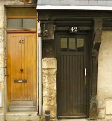 Tours, Indre-et-Loire: rue Blanqui. (Marie-Hlne Cingal) Tags: door france puerta centre porta porte tours tr touraine twozweideuxduedva2