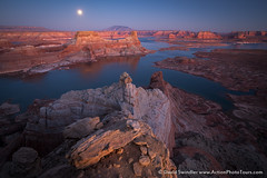 Supermoon Over Lake Powell (David Swindler (ActionPhotoTours.com)) Tags: moonscape moonrise utah moon alstrompoint sunset lakepowell supermoon