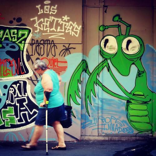 #scratch my #back - #brussels #Belgium #streetart #graffiti #streetartbel #visitbrussels #urbanart #graffitiart #urbanart_daily #graffitiart_daily #streetarteverywhere #streetart_daily #wallart #mural #streetphotography #bxl #