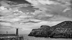 Frames XXXII (alonsodr) Tags: alonsodaz alonso alonsodr sony alpha a7sii alpha7sii 50mm bw bn lekeitio pasvasco euskadi series project proyecto 169 frames fotogramas