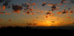 Oct 25 03 (richardjack57) Tags: surrey britishcolumbia lowermainland sunset silhouette clouds canon canoneos6d canonzoom24105mm sky outdoor dusk cloud