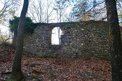 Orak Ruins 4 (rchrdcnnnghm) Tags: abandoned ruin house mansion harrimanstatepark stonypointny rocklandcountyny oncewashome