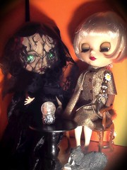 Part 3: Blythe-a-Day October# 21: Something Wicked This Way Comes Part 3& #22: Black Cat&#24: Black & Orange&#26: Ghosties & Ghoulies&#30: Costume: Daisy Buchanan Visits Madame Nadezhda