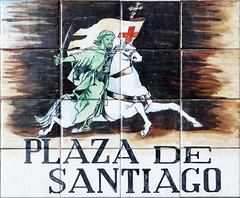Plaza de Santiago (Rafa Gallegos) Tags: madrid espaa spain callesdemadrid madridstreets azulejos tiles plazadesantiago