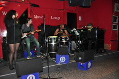 DSC_9621 (photographer695) Tags: heidi vogel brazilian singer live charlie wrights music lounge