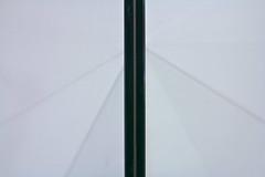 wie die Sonne in der Mnchner U-Bahn einmal aufgegangen ist (raumoberbayern) Tags: abstract beton fuge glas glass grau grey lines linien mnchen minimal munich robbbilder ubahn urbanfragments