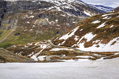 172259_CB_0998 (aud.watson) Tags: europe norway djupvatnet snow road hairpinbends mountdalsnibba strada moreofromsdal