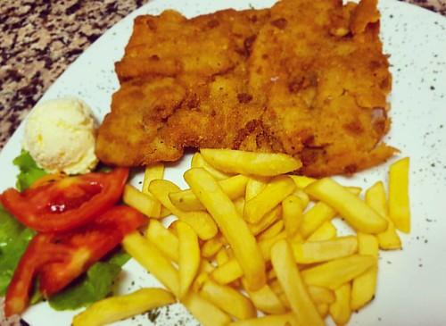 #pohovanateletina 👌  Live iz #mjesnazajednicaZapadnjak hercegovačko-neretvansko #ministarstvoDobreHrane 😎  #restosanmarino #finest #bbq  #čapljina #hercegovina #leskovačkiroštilj #foodporn  #pizza #fish #cooldineing 😊 👌 :m