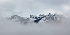 Head In The Clouds (John Westrock) Tags: mountains snow landscape clouds cloudy mountainpeaks washington pacificnorthwest snoqualmiepass hyak canoneos5dmarkiii canonef100400mmf4556lisusm nature