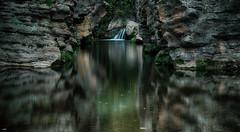 Rio en calma (candi...) Tags: ro rocas calma agua saltodeagua naturaleza santfeliudelraco sonya77 airelibre reflejos