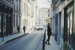 Marais (y.fgl) Tags: woman femme paris marais 3e fujifilm xt10 nikkor 50mm 18 vsco preset f2