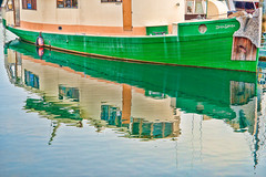 ZeniaSophia (stephencurtin) Tags: ocean seattle color water reflections boat washington state bell photograph hull habor thechallengefactory zeniasophia
