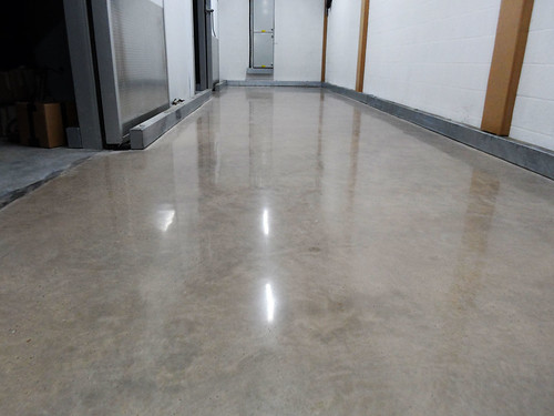 DiamondFlor™ Aldi polished concrete 4
