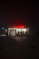9 - apotheke (anxolop) Tags: noche nacht noite 365 apotheke biedermannsdorf